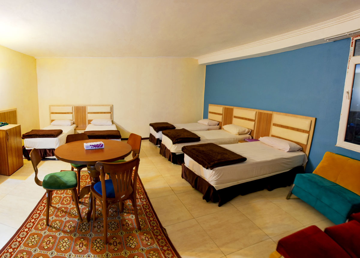 اتاق های پنج تخته